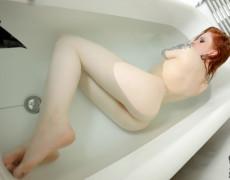 Anna Lee hermosa Pelirroja Tatuada (17)