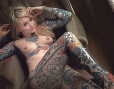 Casper peluda y tatuada (17)