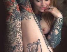 Casper peluda y tatuada (19)