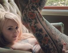 Casper peluda y tatuada (22)