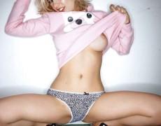 Emily Laser en Front (109)
