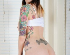 Ivy Snow una belleza tatuada (233)