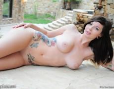 Ivy Snow una belleza tatuada (362)