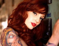 Vanessa Lake ardiente pelirroja tatuada (51)