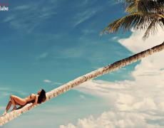 Carol Nakamura tomando el sol de Brasil (24)