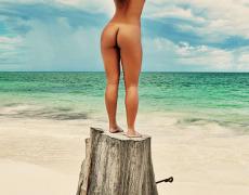 Carol Nakamura tomando el sol de Brasil (32)