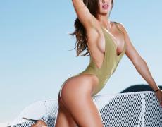 Casey Connelly y su delicioso cuerpo en Playboy (16)