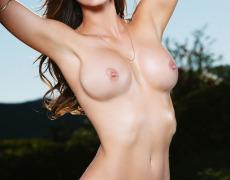 Casey Connelly y su delicioso cuerpo en Playboy (26)