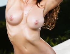 Casey Connelly y su delicioso cuerpo en Playboy (28)