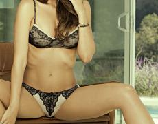 Casey Connelly y su delicioso cuerpo en Playboy (31)