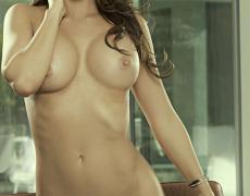 Casey Connelly y su delicioso cuerpo en Playboy (36)