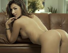 Casey Connelly y su delicioso cuerpo en Playboy (44)