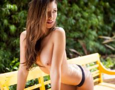 Casey Connelly y su delicioso cuerpo en Playboy (52)