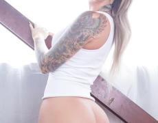 Christy Mack mostrando su gran culo (27)