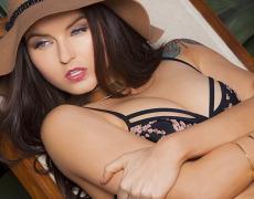La tierna Veronica LaVery (2)