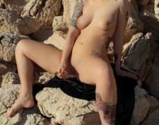 Lynn Pops jugando con su vagina (8)