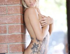 Taylor Seinturier y su divino cuerpo tatuado (42)
