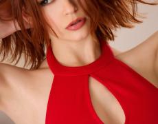 Bree Daniels en lencería roja (2)