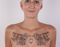 Checa tatuada posando para un casting (16)