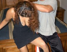Cubana haciendo una rusa y se le corren en las tetas (2)