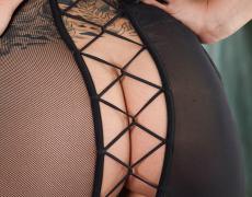 Danni Kalifornia en lencería negra (9)