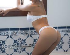 Debora Juliana rica tatuada de Brasil (10)