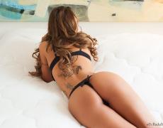 Junia Castro y su bello culo de la semana (14)