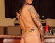 La actriz porno tatuada Juelz Ventura (232)
