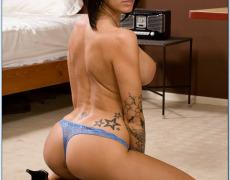 La actriz porno tatuada Juelz Ventura (45)