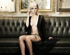 La divina Alysha Nett (5)