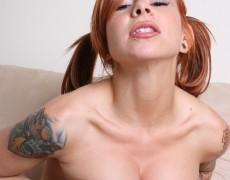 La traviesa pelirroja Melissa Punk (8)