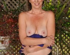Las experimentadas curvas de Tammy Sue (31)