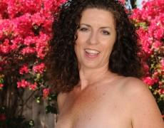 Las experimentadas curvas de Tammy Sue (6)