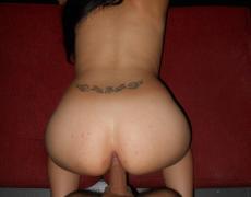 Ayelen una argentina tatuada que le gusta mamar (28)