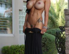 El atlético cuerpo de la milf tatuada Jewels Jade (53)