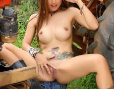 Grace Fernando una tatuada de Malasia (66)