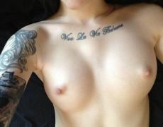La divina tatuada Ari Dee (39)