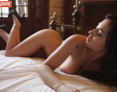 La vagina tatuada de Jésica Hereñú en Playboy Argentina de octubre 2014 (14)