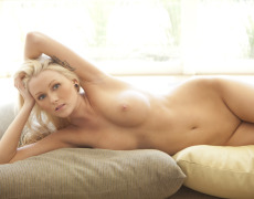 Las fotos mas ardientes de la rubia tatuada Samantha Rice (11)