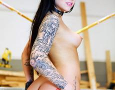 Una buena colección de fotos porno de karmen karma (11)
