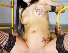 Una buena colección de fotos porno de karmen karma (37)