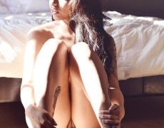 Vikat mexicana con tatuajes desnuda (33)