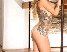 Sophia Presley Cyber Girl con tatuajes (29)