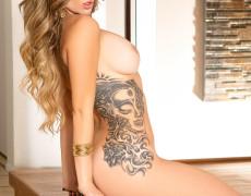 Sophia Presley Cyber Girl con tatuajes (3)