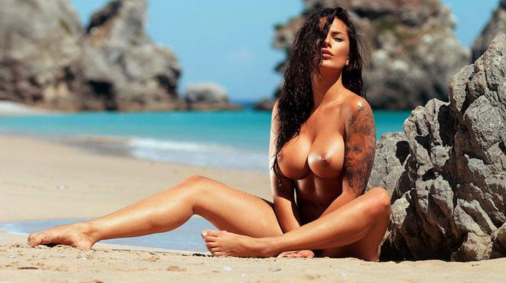 En la playa con Beatrice Mary Bexter